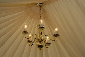 Marquee Chandelier Lighting – Brass – Dimming
